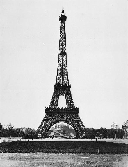Construction_tower_eiffel