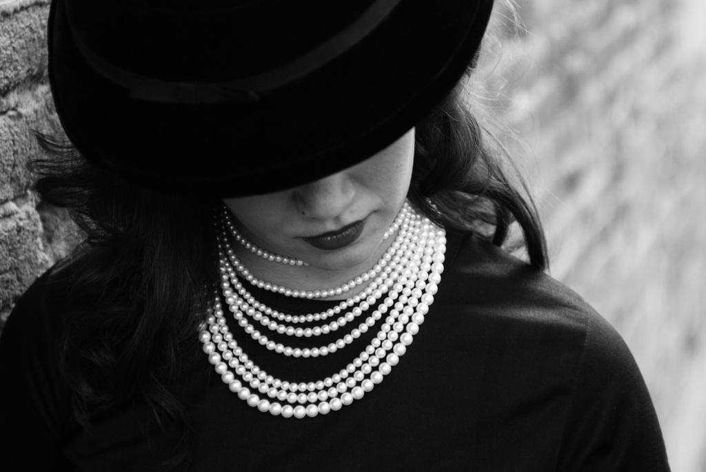 lady_in_black