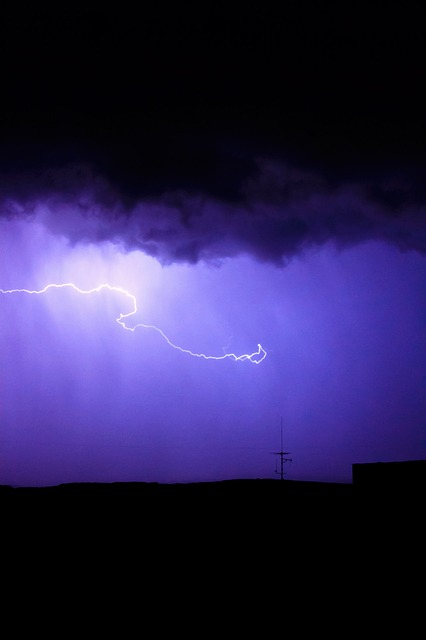 thunderstorm_lightening
