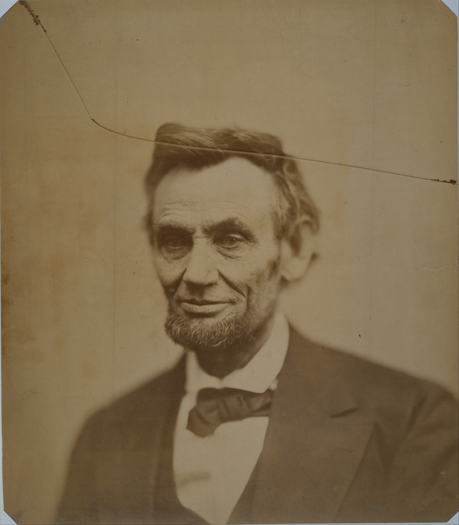 Abraham_Lincoln_smiling